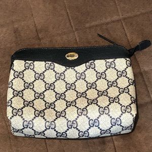 Authentic Vintage Gucci never used pouch clutch